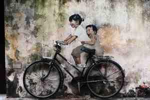 georgetown-penang-malaysia-street-art-cycling