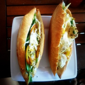 Bahn mi Chay (egg instead of potted meat)